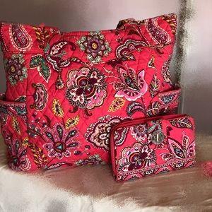 Vera Bradley purse pink w/paisley design